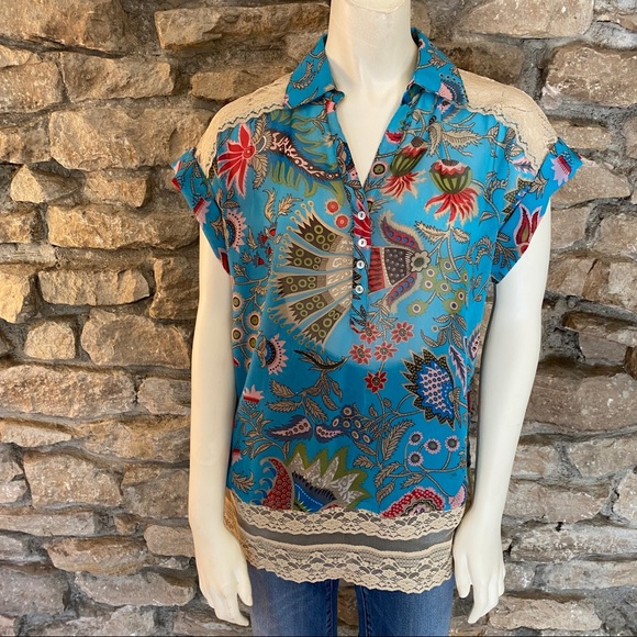 just pearls Tops - Just Pearls Printed Blouse Size Medium